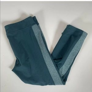 Under Armour Crop Leggings Size S Teal Workout